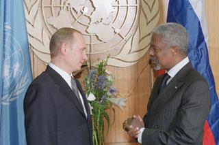 President_Vladimir_Putin_with_UN_Secretary_General_Kofi_Annan.jpg