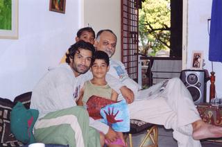 india 10b_a.jpg